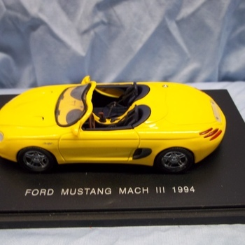 UH 10500 Ford Mustang mach III 1994