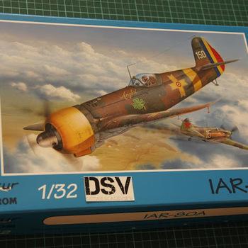AZ 8002 IAR-80A  1/32