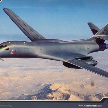 "AC 12620 USAF B-1B 34th 'Thunderbirds"""